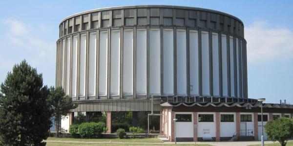 Museum 1-600